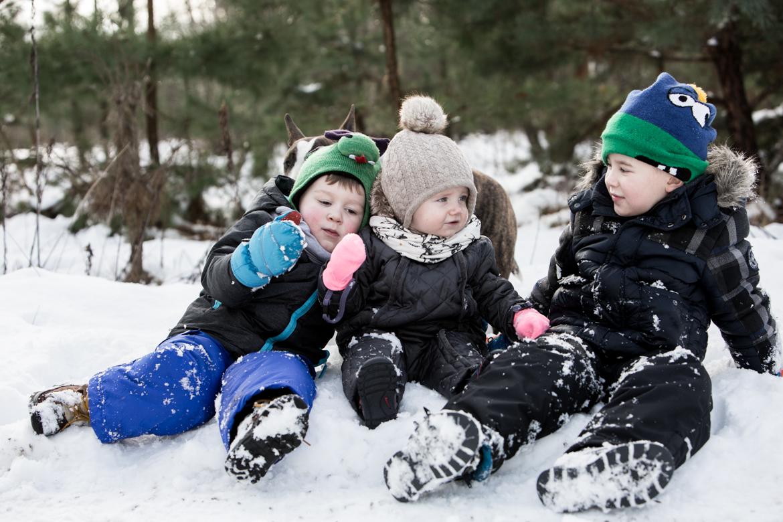dzieci spacer zima-335