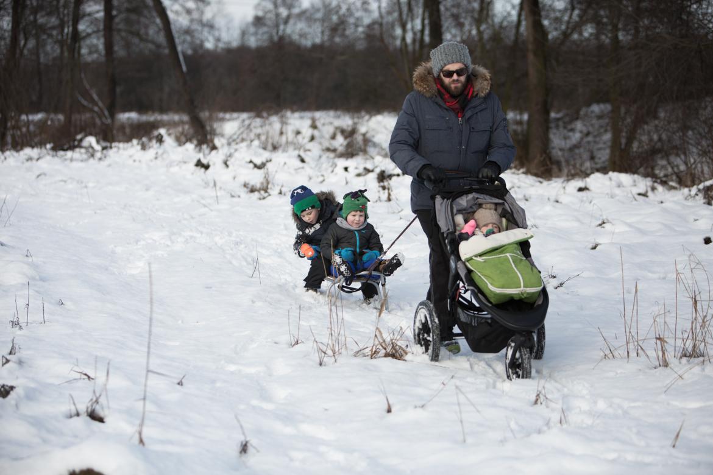 dzieci spacer zima-96