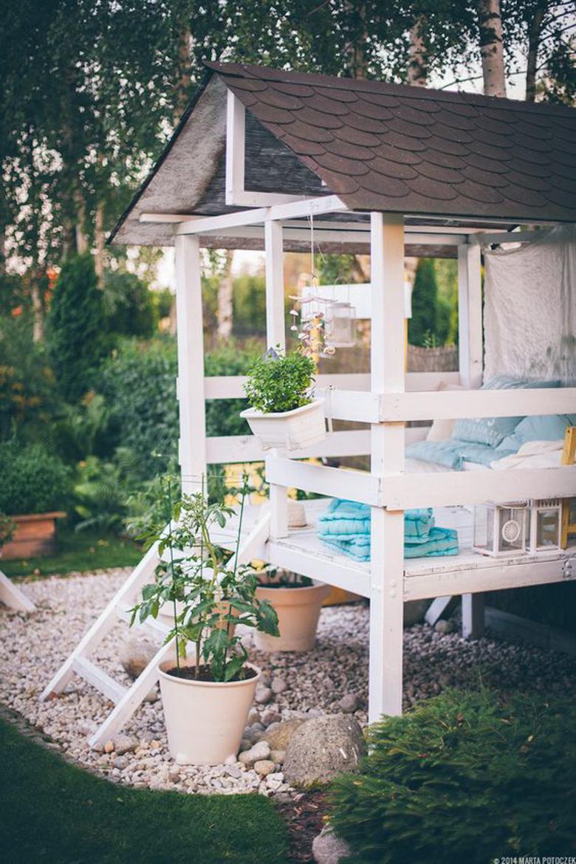domek w ogrodzie dla dzieci-10