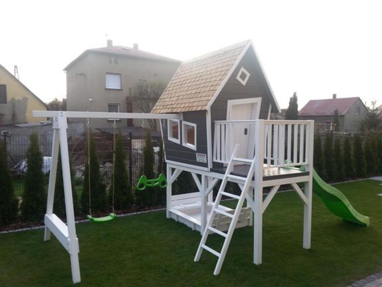 domek w ogrodzie dla dzieci-5